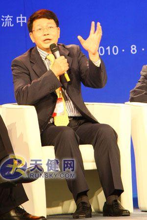 欧进萍认为转变经济发展方式关键在人才。